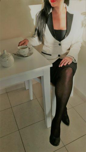 Etkileyici saksocu kız Hazer