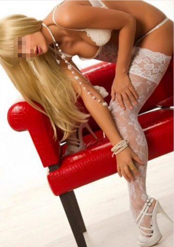 Seks kraliçası kumral kadın Nilay