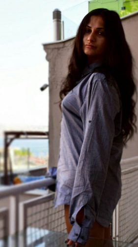 Seksapel doyumsuz kız Gürcan
