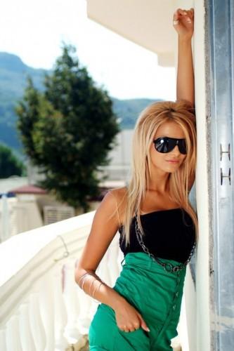 VİP gerçek fotoğraflı escort Dilara